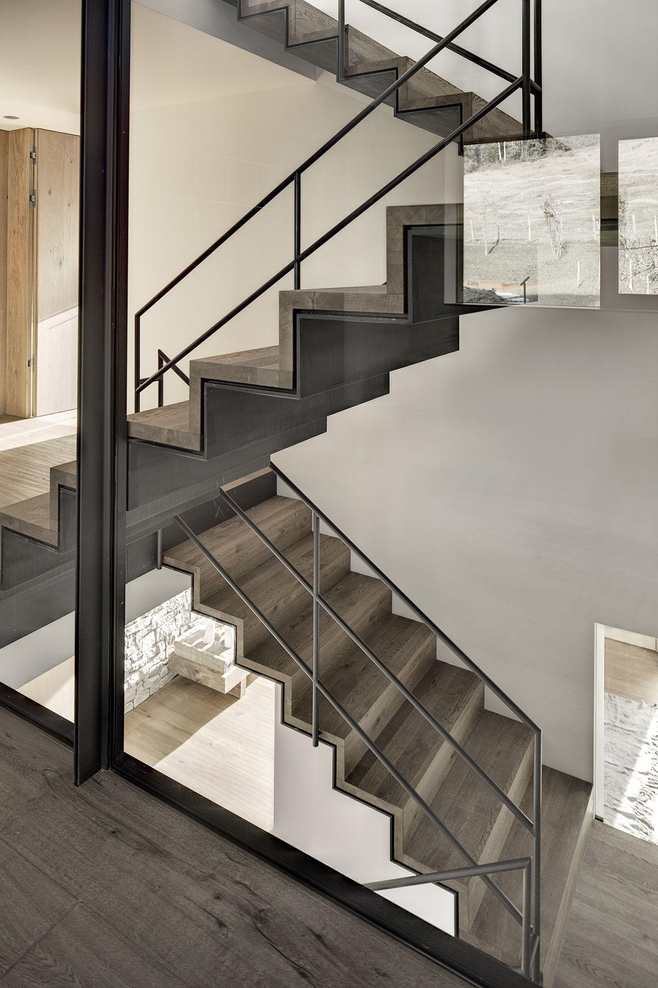Haus Wiesenhof By Gogl Architekten Metal Stairstimber Staircasefloating