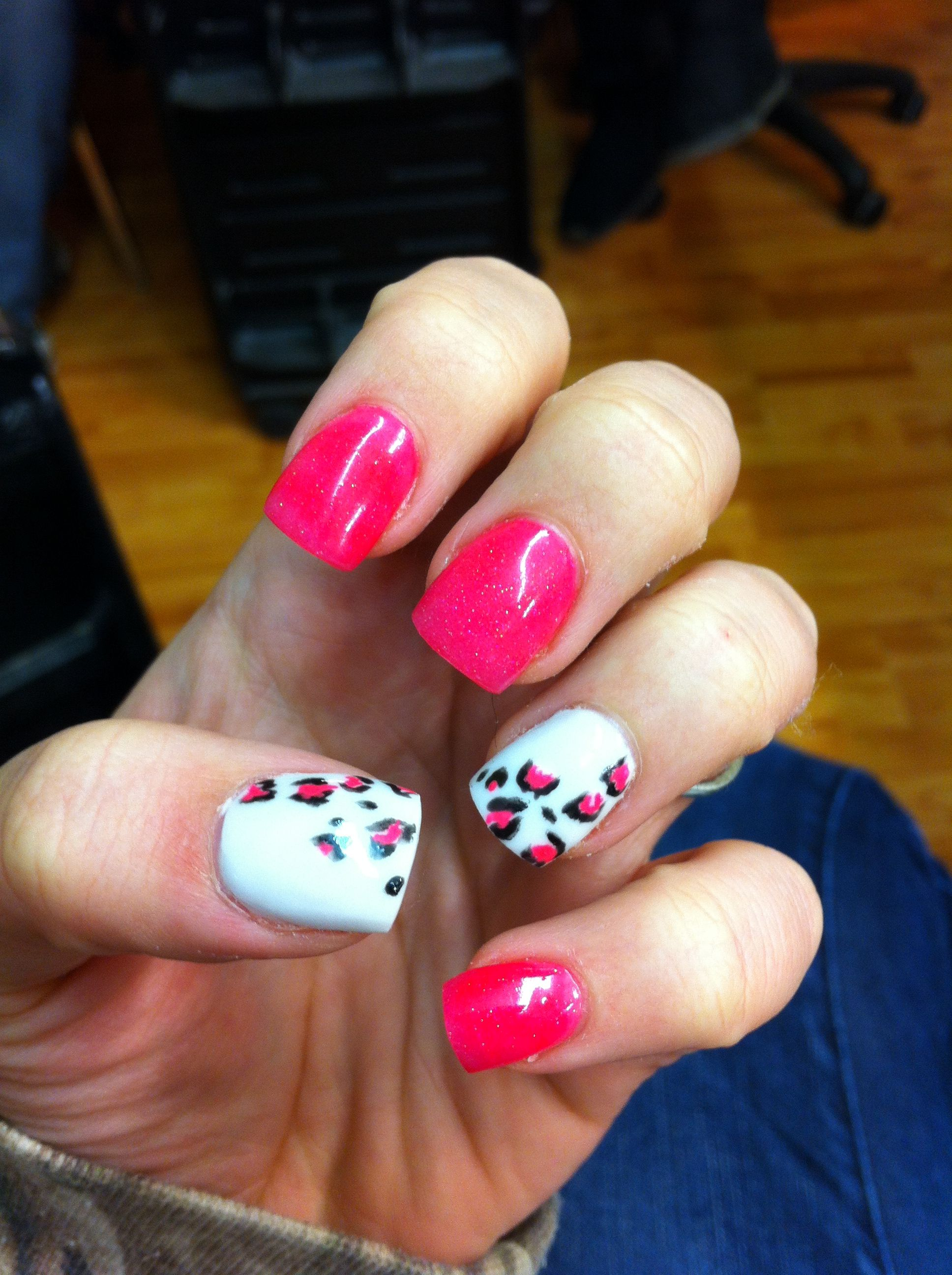 leopard and hot pink acrylic nails