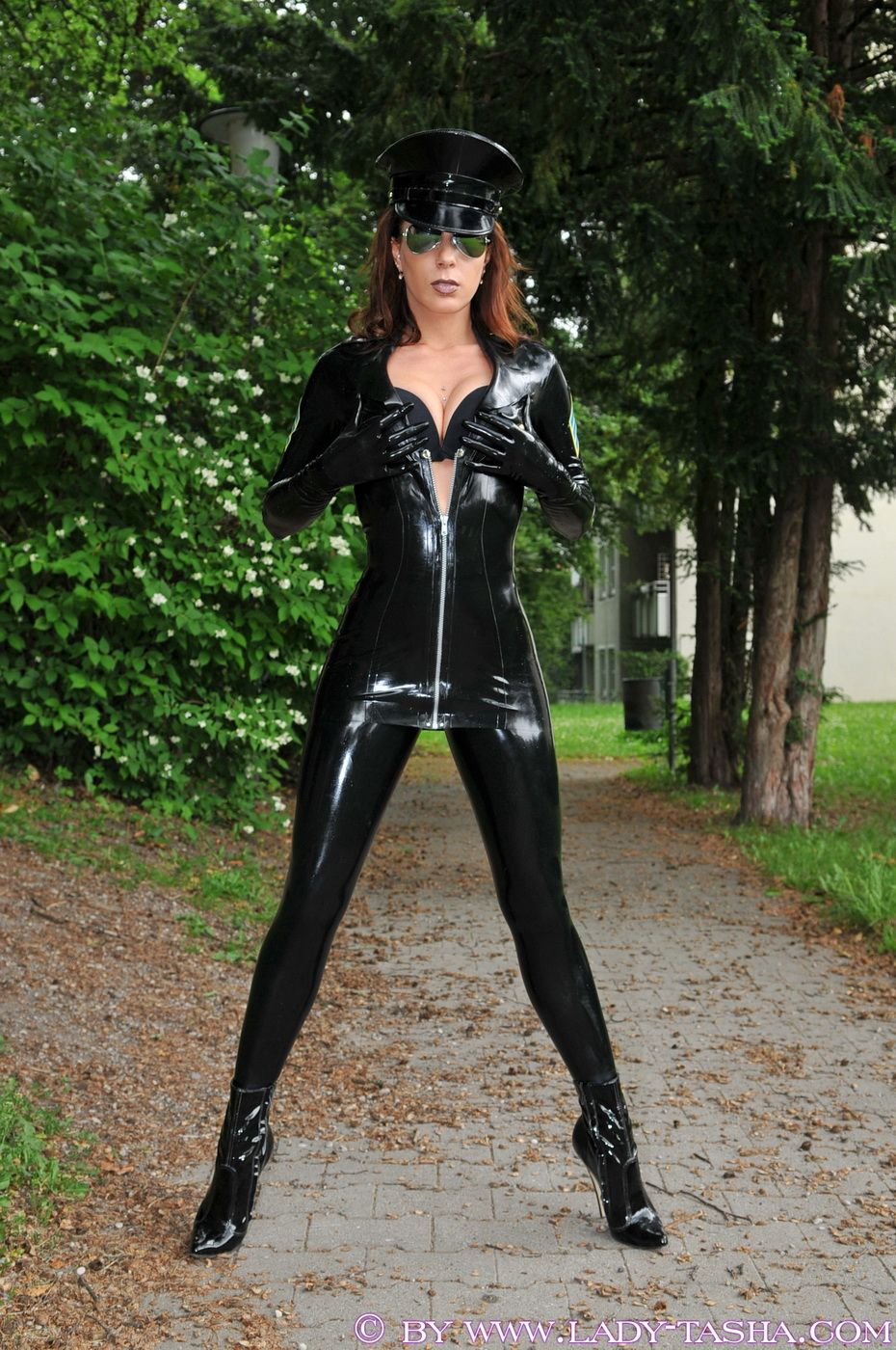 "morgane237  ""Lady Tasha  Model  Outfit  latex  rubber  shiny ... a4027572a0"