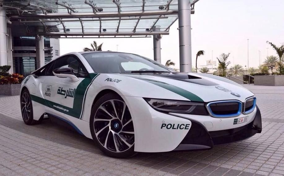 Dubai Police Gets A Bmw I8 Police Cars Dubai Cars Bmw