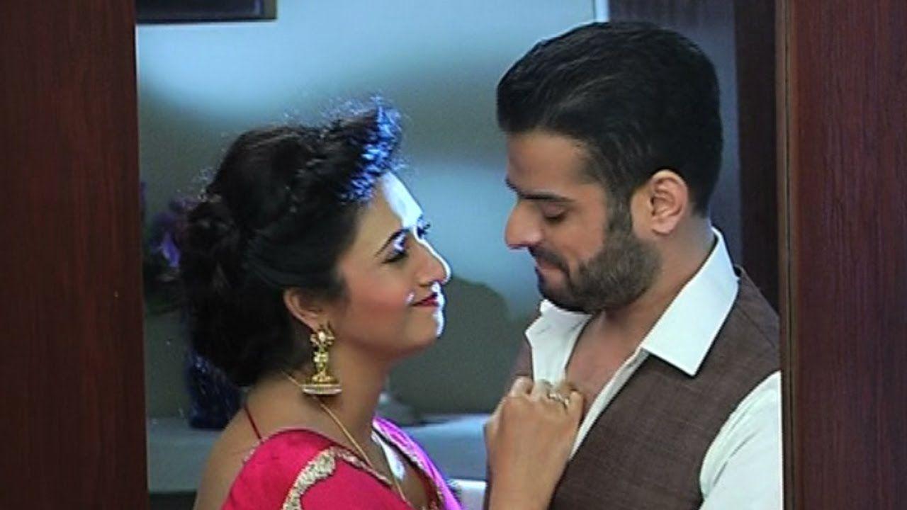 Yeh Hai Mohabbatein - Raman & Ishita's Cute Romantic Scene - Episode - 1...