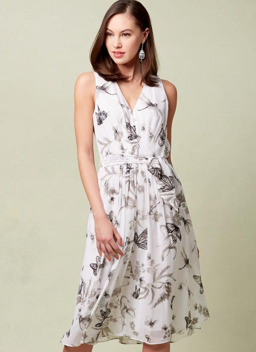 Vogue Pattern by Anne Klein. V1543 MISSES\' LINED V-NECK DRESS WITH ...