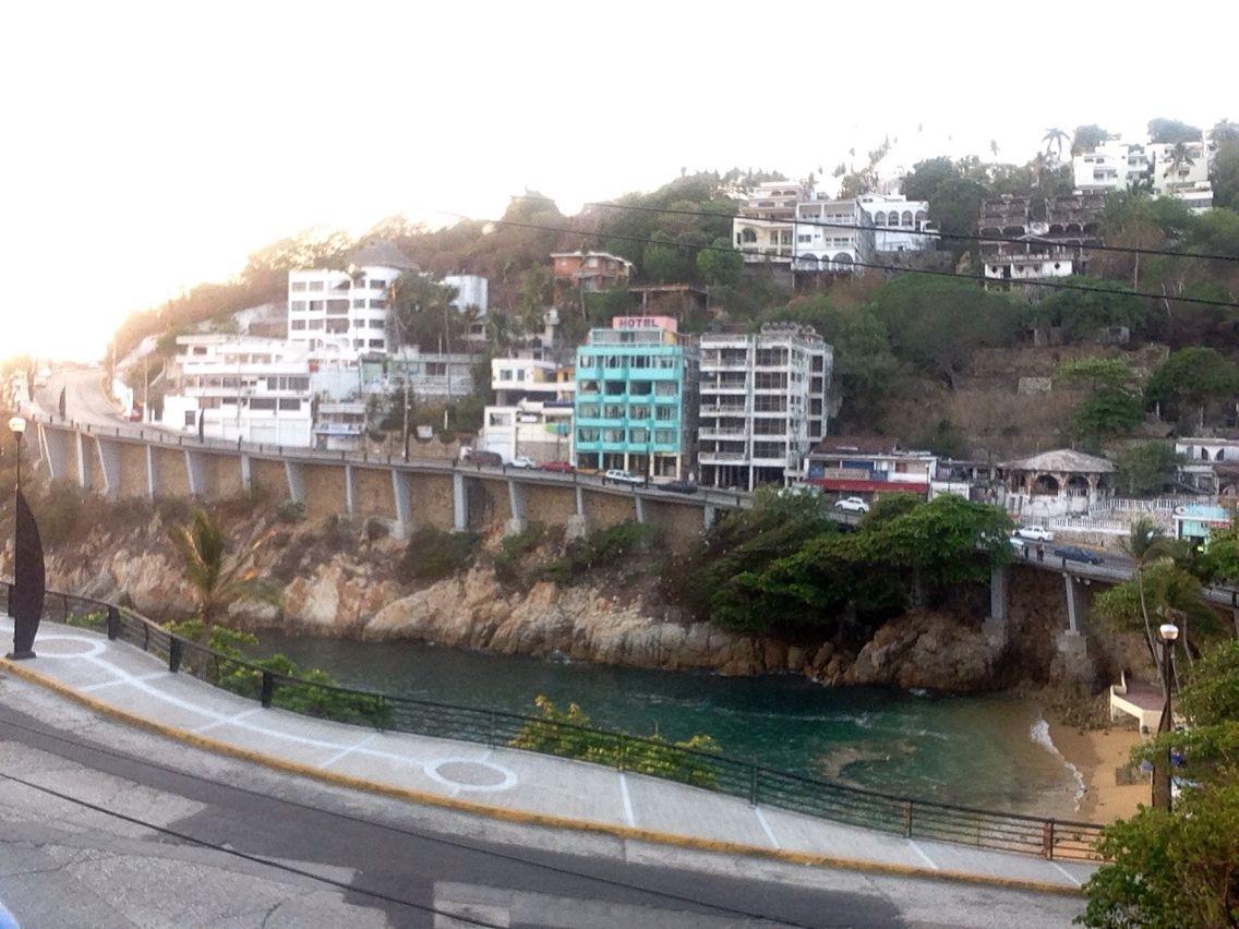 Playa Langosta, Acapulco Costera.