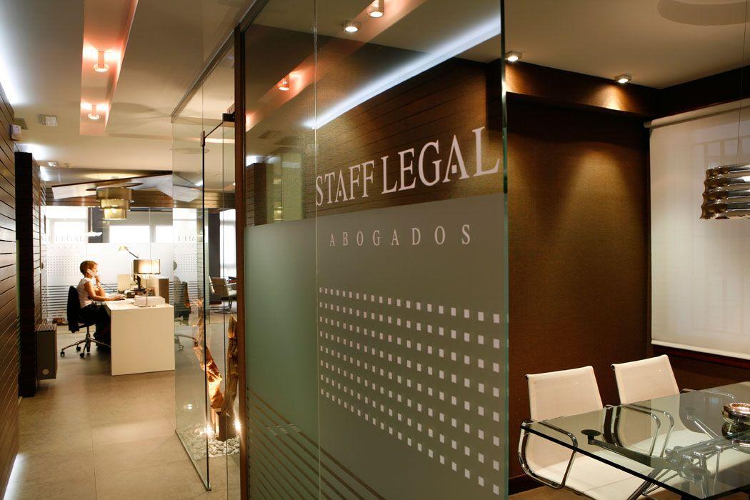Imagen relacionada oficina pinterest oficinas - Decoracion despacho abogados ...