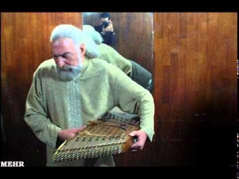 ▶ چهار مضراب مخالف سه گاه اساد مشکاتیان - YouTube
