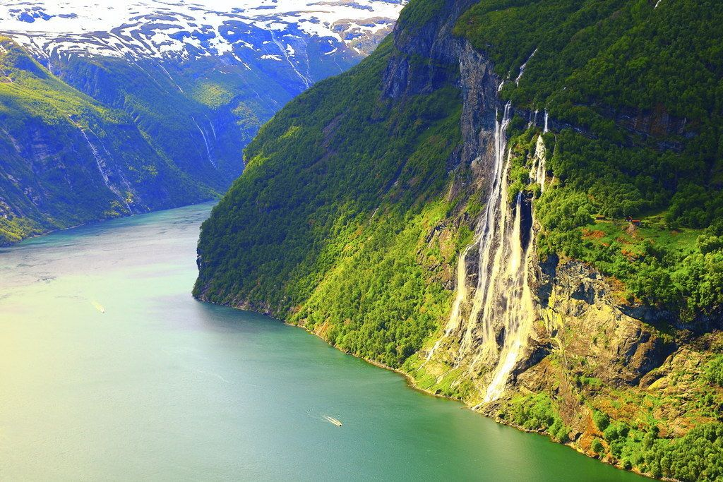 Norway Has This Effect On Everybody Norway Scandinavian Countries Trip