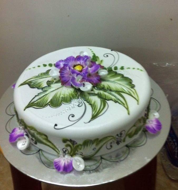 Pin von petra s auf torten pinterest kuchen buttercreme blumen und backen - Hochzeitstorte dekorieren ...