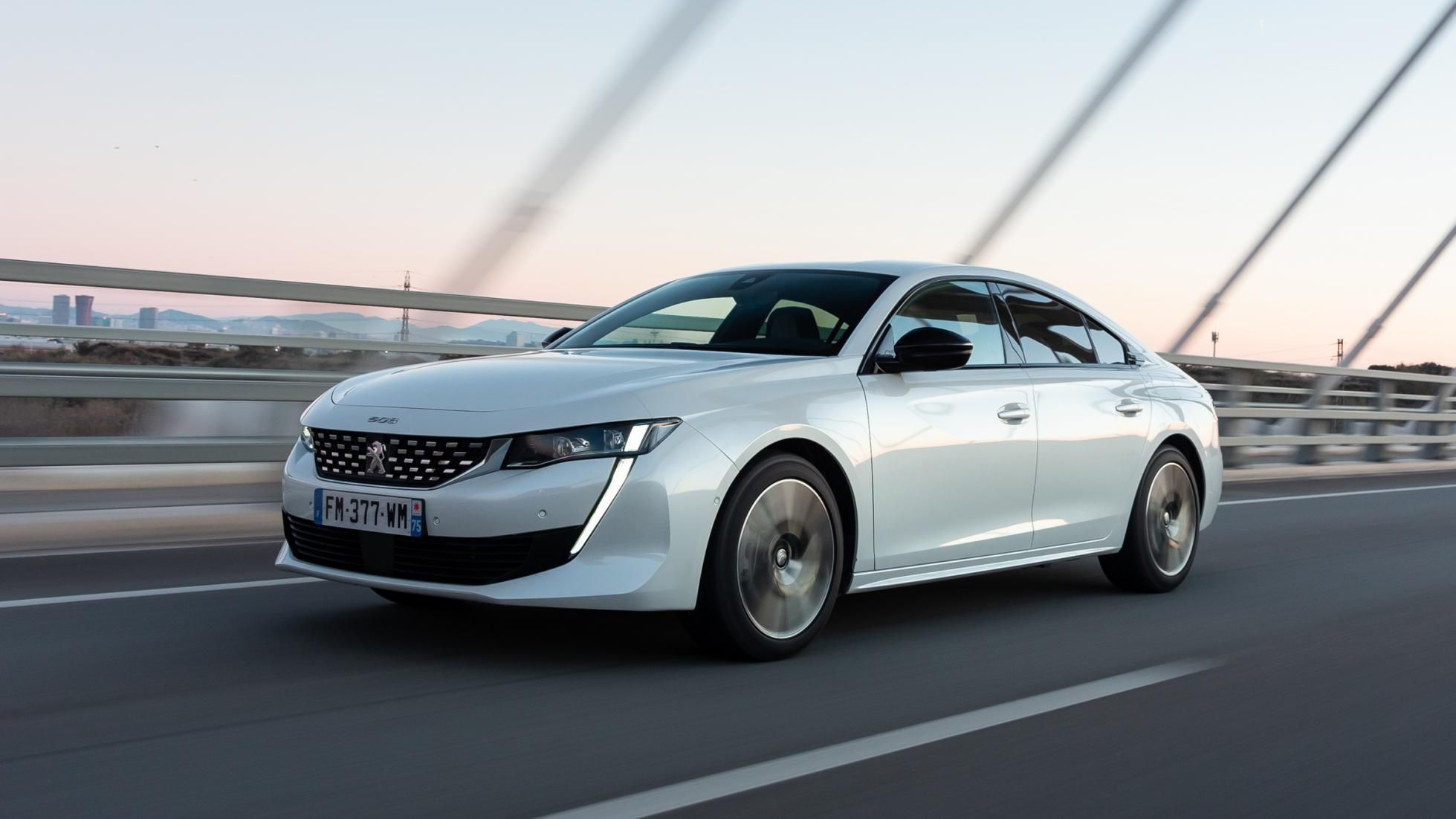 Peugeot 508 hybrid review stylish PHEV saloon tested