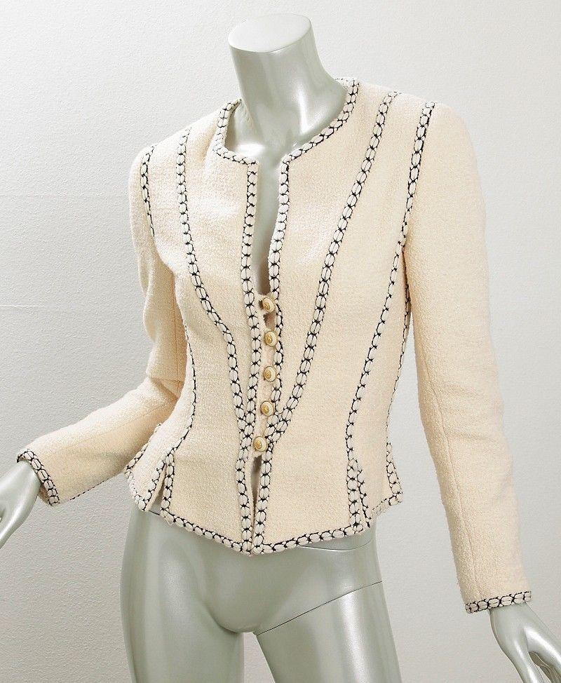 Amazing!! CHANEL *VINTAGE Womens Cream Ivory RARE Boucle Fitted Crop Blazer Jacket Coat 34 #CHANEL #BasicJacket