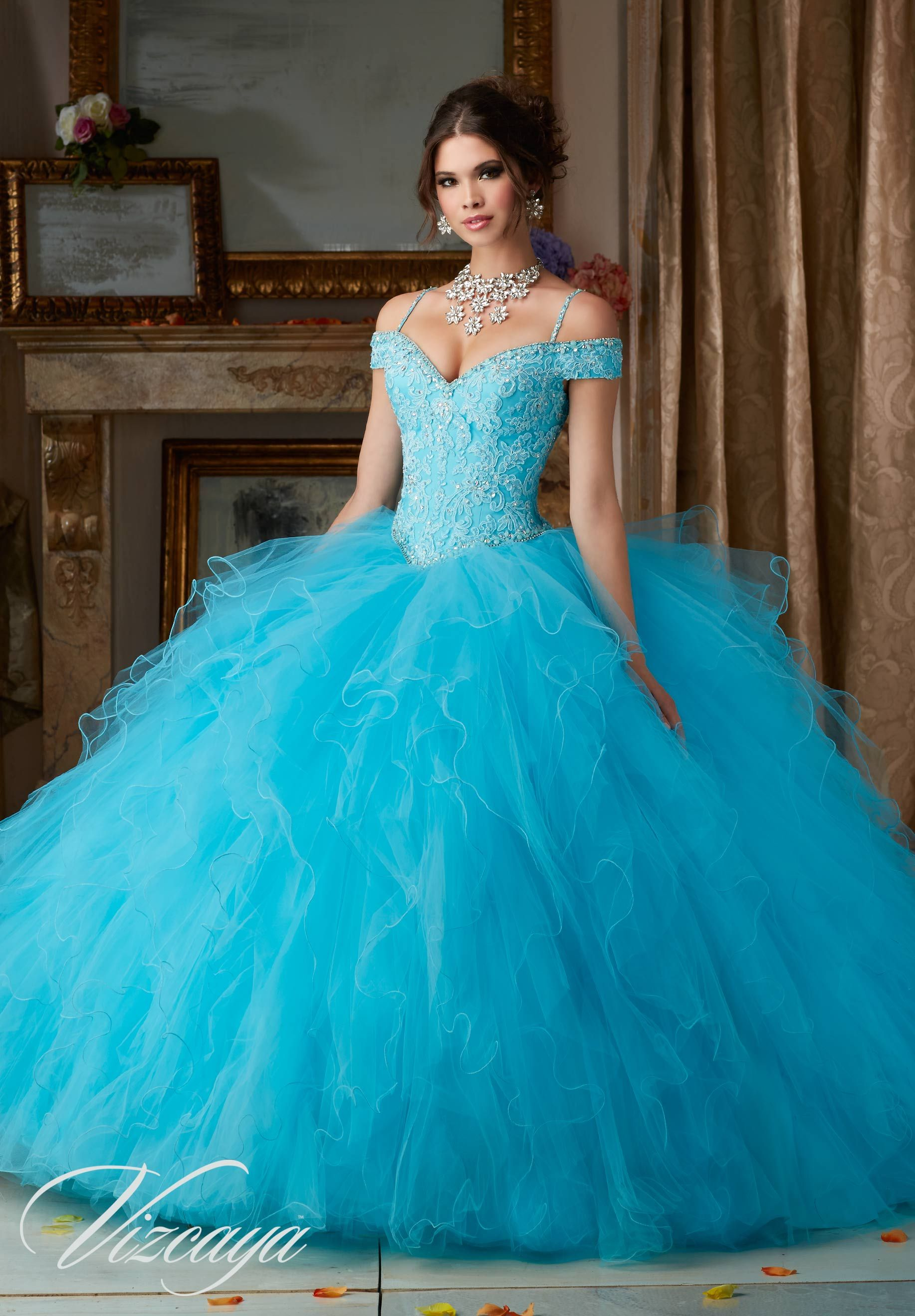 Blue dress quinceanera accessories