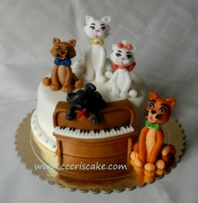 The Aristocats By cccris on CakeCentral.com