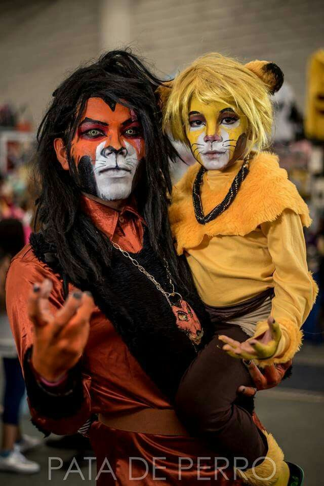 Scar And Simba From The Lion King Cosplayer: Jessvlad Photographer: El Pata  De Perro Oax.
