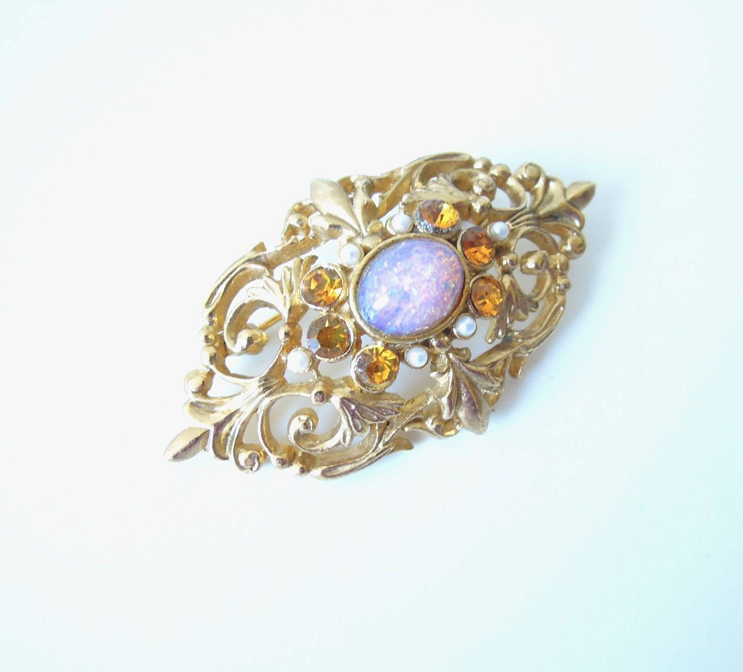 crescent jewellery opal brooch victorian in excellent condition gold s vintage brooches
