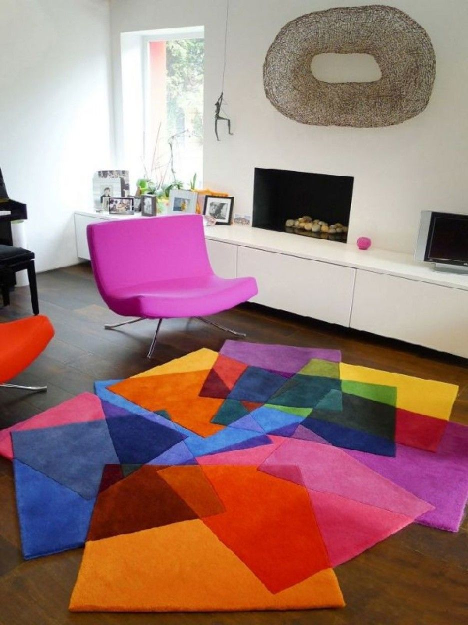 Minimalist With A Touch Of Color] #color #colorfullivingroom #funky ...
