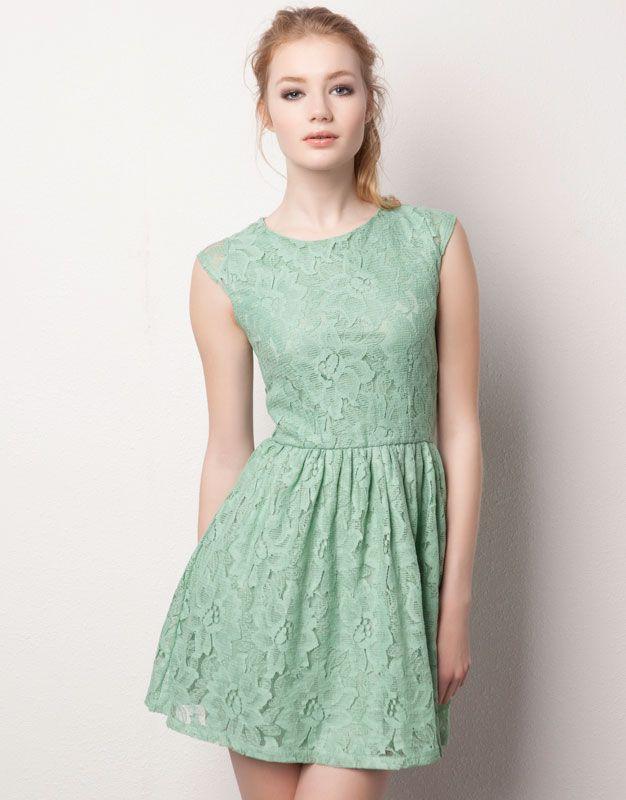Vestidos color verde agua con encaje