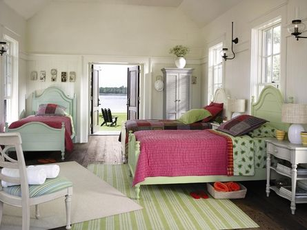 this might be the perfect room. colorful, fun, with a touch of vintage. LOVE the mismatched beds.