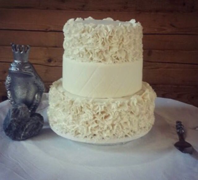 Elegant 3 Tiered Wedding Cake Order Your Own Custom At Ohmycakesca In