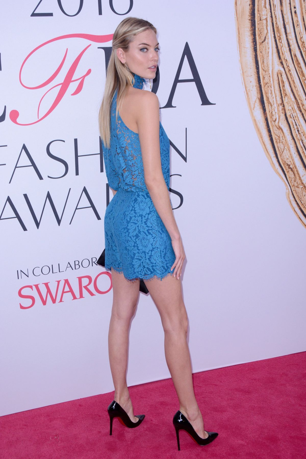 0d97e6530ad Martha Hunt - CFDA Fashion Awards