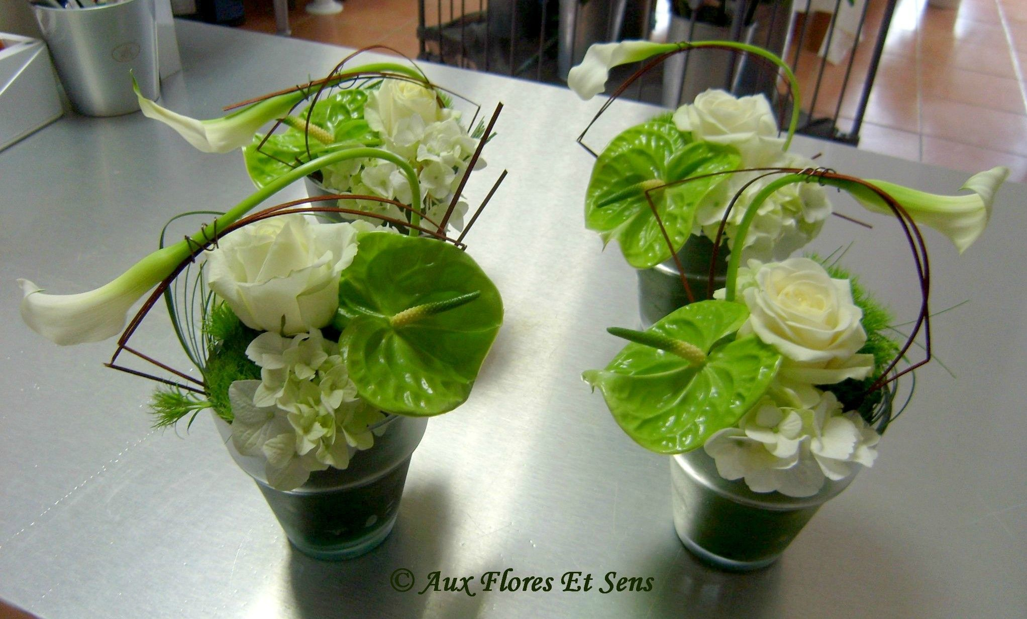 Centre de table avalanche calla hortensia centre table for Bouquet de fleurs centre de table