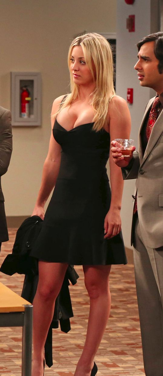 Kaley Cuoco Bra Size And Body Measurements Hooooot People I 3