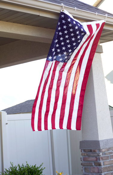 Do It Yourself Divas Diy How To Hang The Flag This Fourth Of July Fourth Of July Diy Hanging Flags