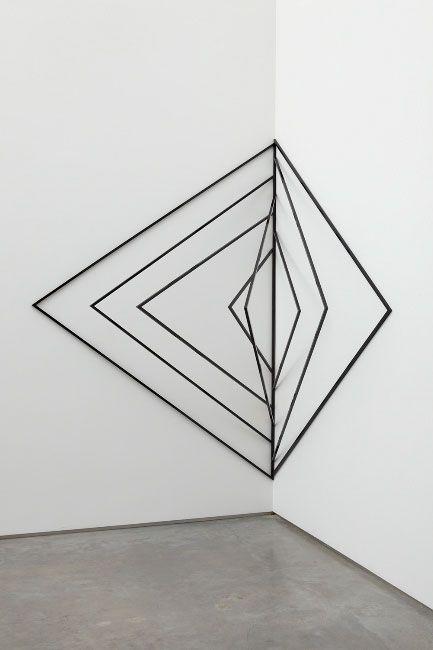 Geometrische wandbeh nge google suche installation kunst skulpturen und gem lde - Geometrische wandbilder ...