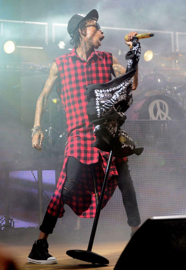 a0e91c6caf82 Wiz Khalifa wearing Converse Chuck Taylor All Star