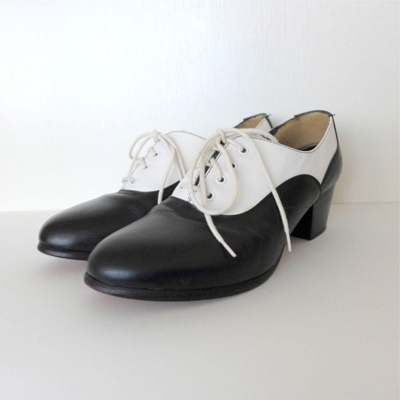 Cool Color Block Vintage Black and White Oxfords WOMENS Sz 8 Vtg 80s 40s