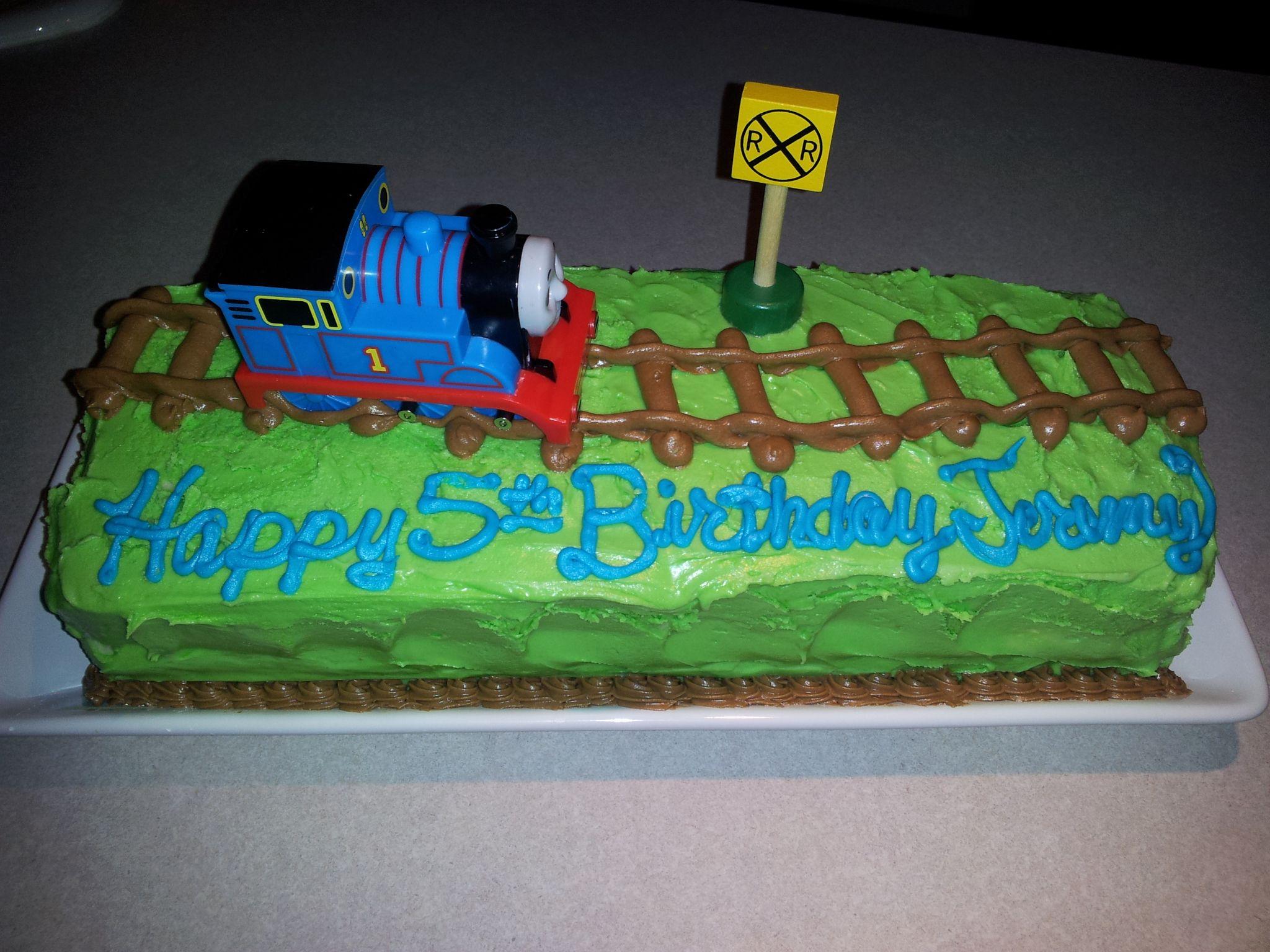 Easy Thomas The Train Cake From The Toy Box Thomas Birthday