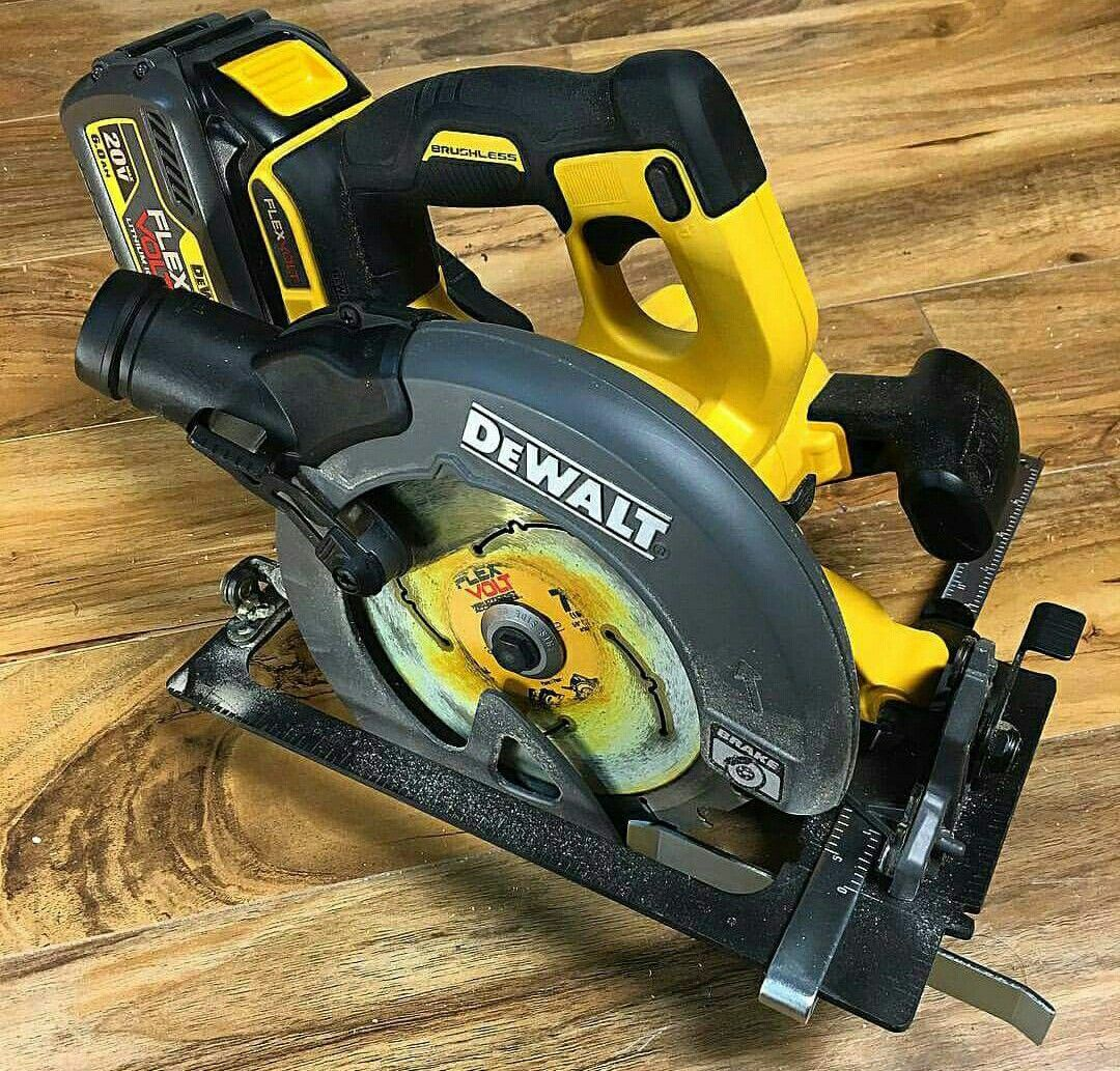 DEWALT 60v flex volt circular saw 2016 | *drool* in 2019 | Cordless