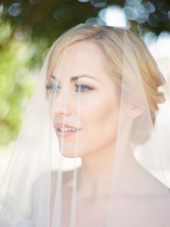 A Beautifully Floral California Wedding from Ashley Kelemen Photography - wedding veil idea