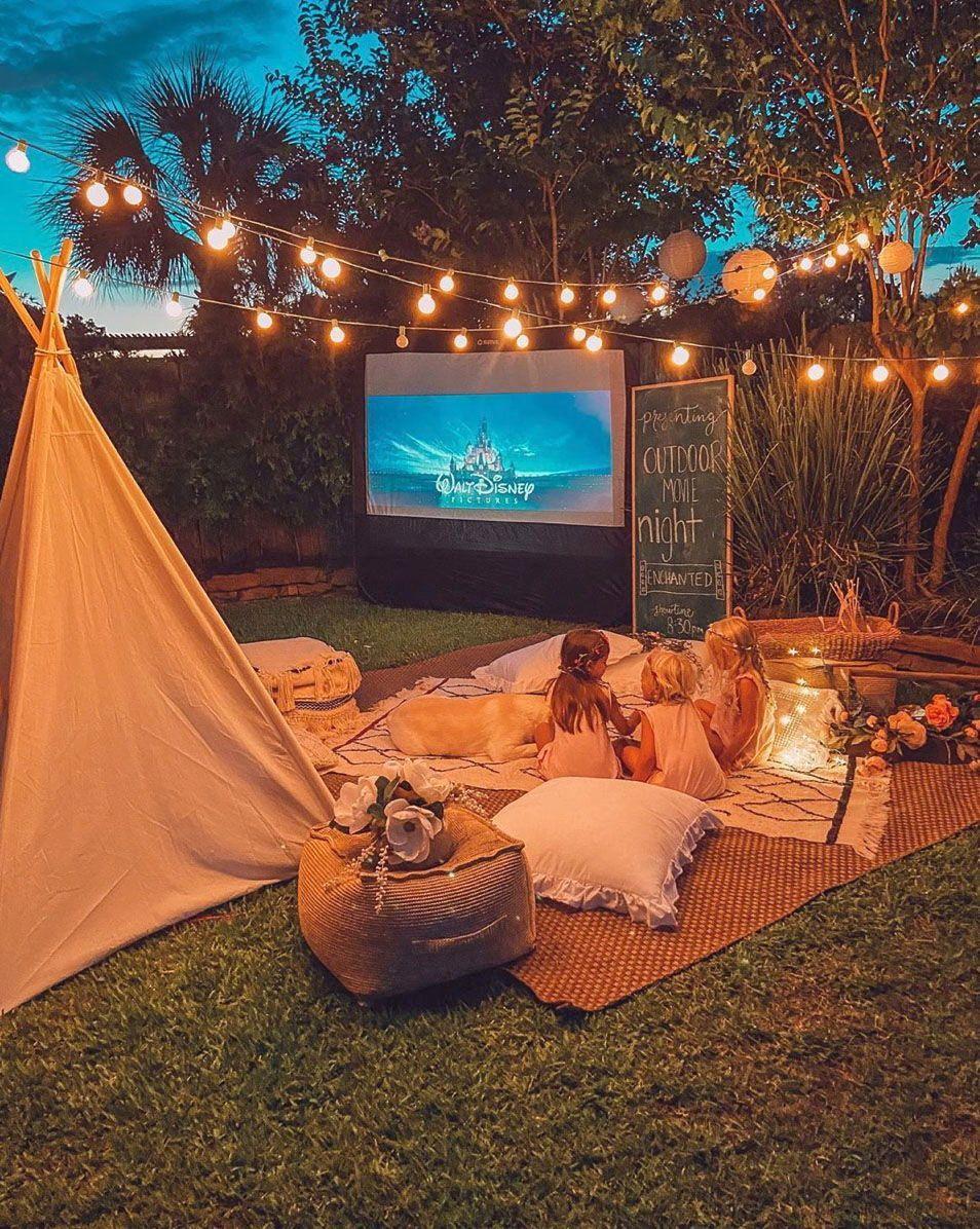 21 Diy Outdoor Movie Screen Ideas For A Magical Backyard Backyard Movie Nights Outdoor Movie Nights Diy Outdoor Movie Screen