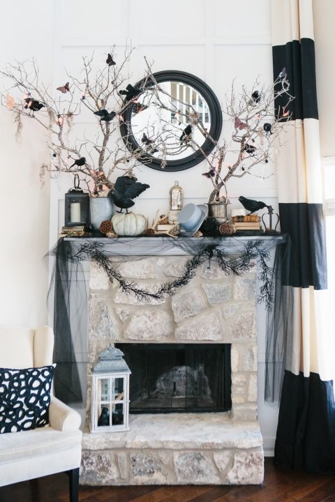 20 Spooktacular Halloween Mantels Halloween ideas, Holidays and
