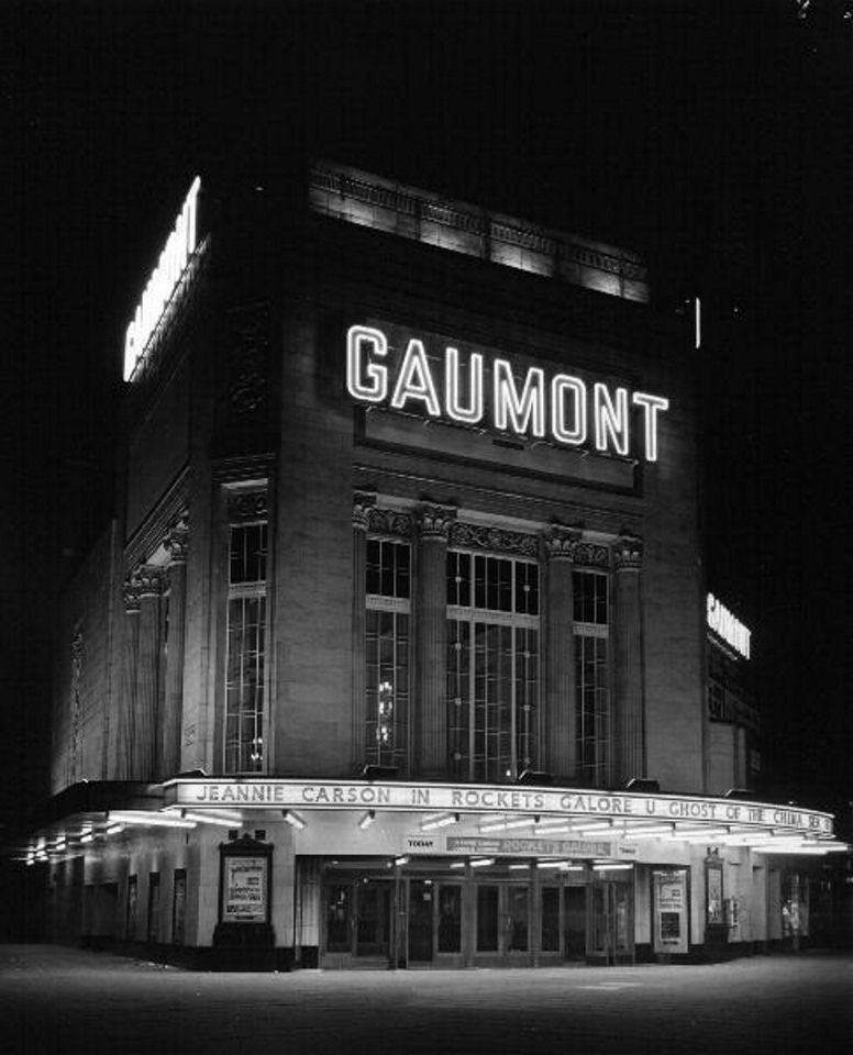 Gaumont now odeon cinema holloway road 1958 44
