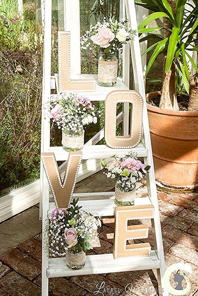 Shabby Chic Leiter mit Blumen geschmückt  Hochzeit deko