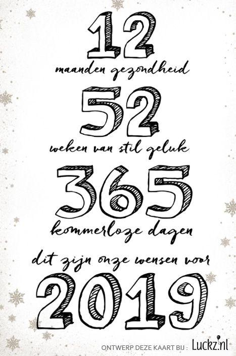 Originele nieuwjaarskaart met leuke typografie tekst