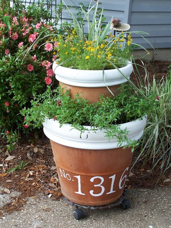 Paint House Number Onto Tree Planter!