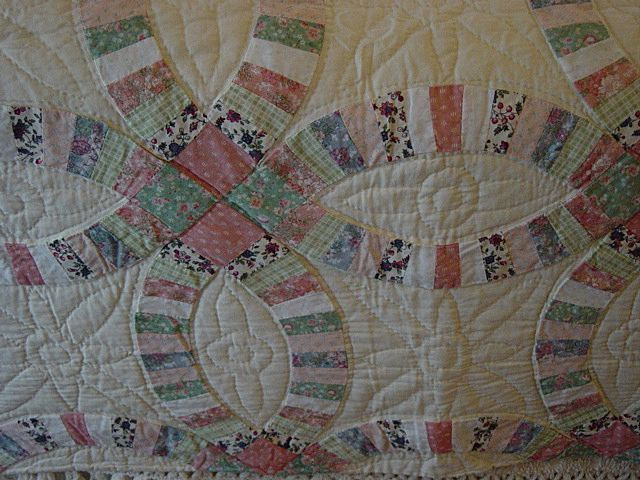 Vintage Double Wedding Ring Quilt 1950s Hand Made Vintage and