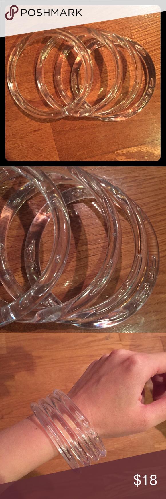 Vintage set of 4 clear lucite bubble bangles Vintage set of 4 clear lucite…