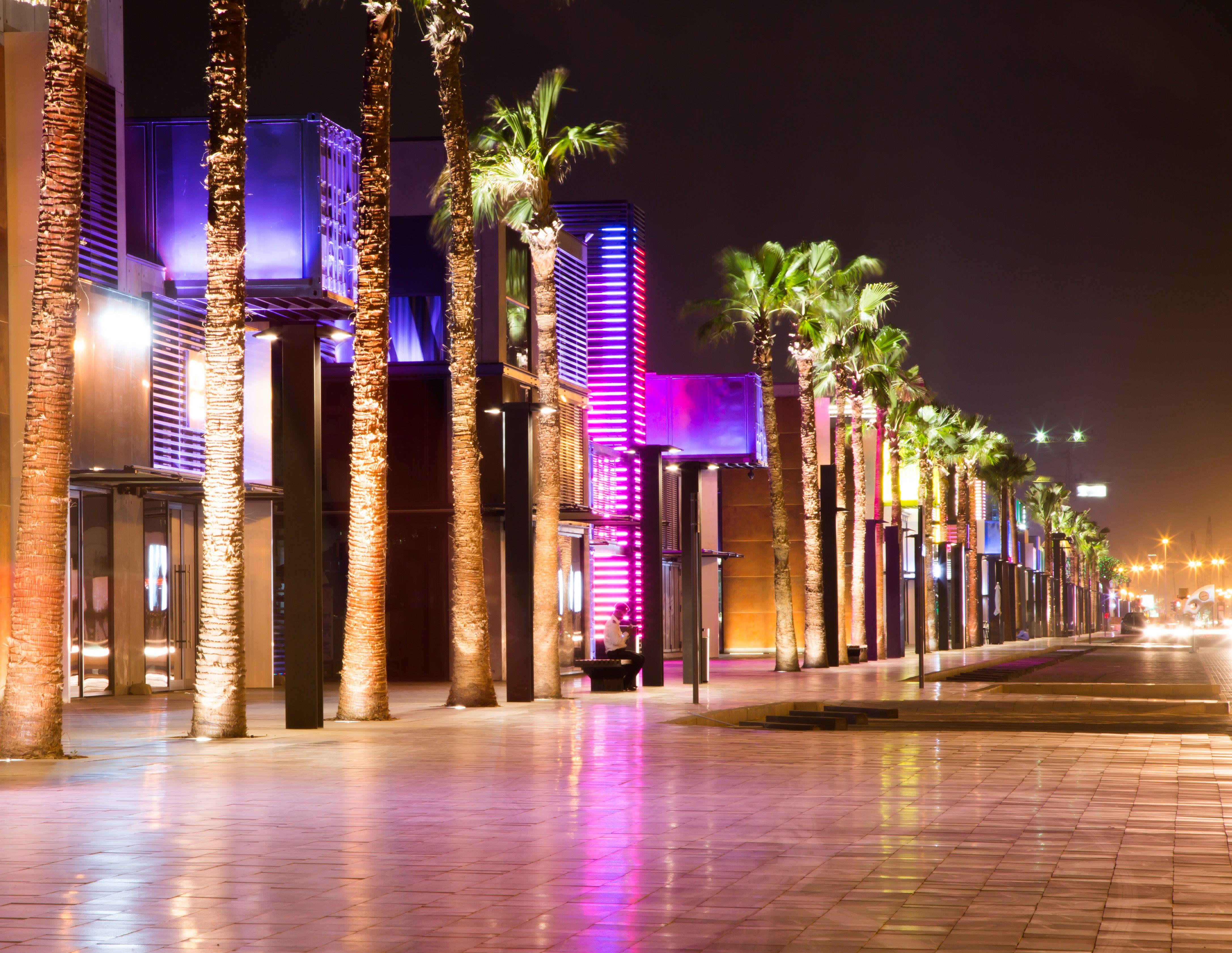 Box Park Dubai Light architecture, Container design, Box