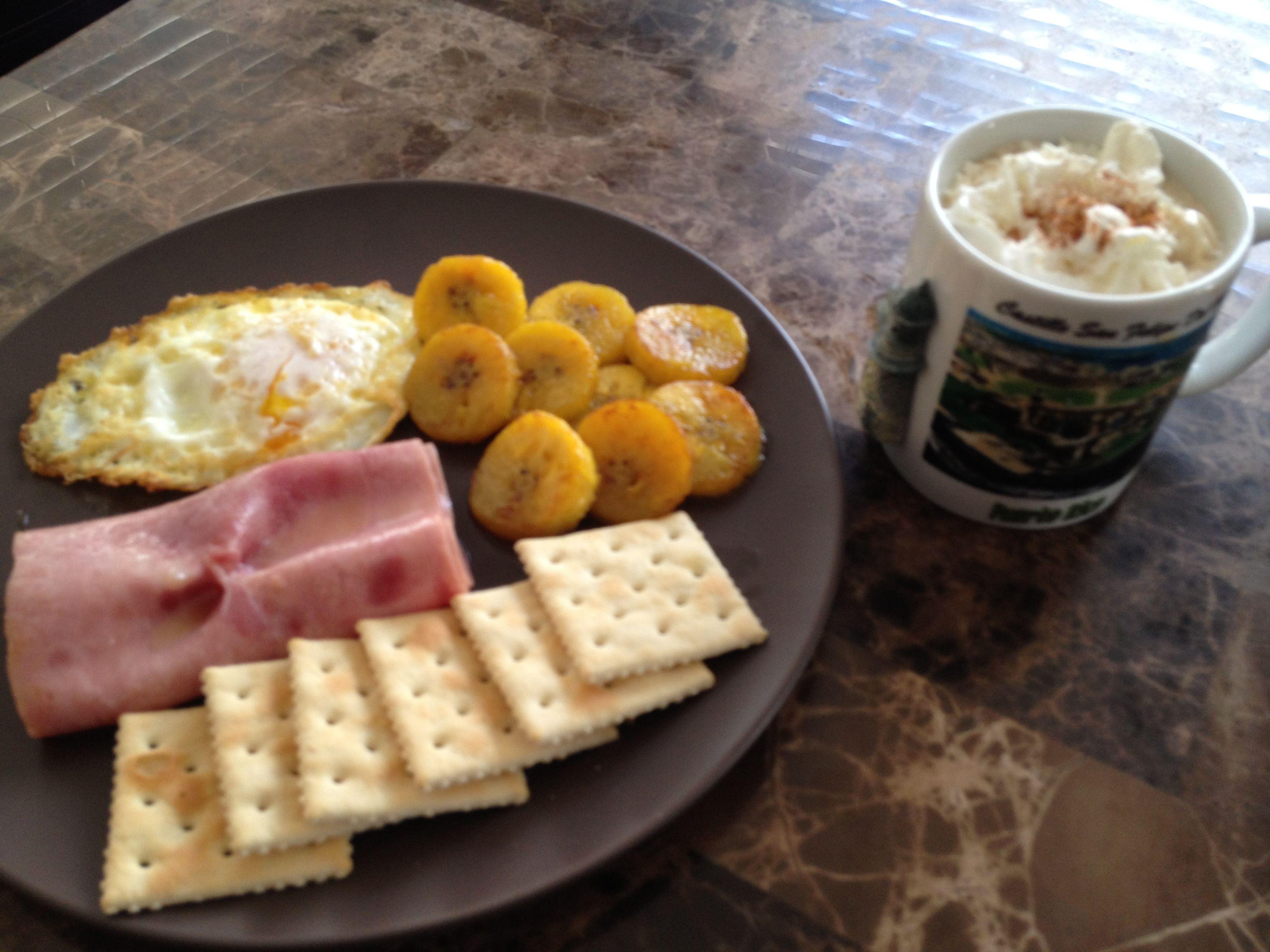 desayuno boricua aqui faltan los sorullitos para mojar con huevo