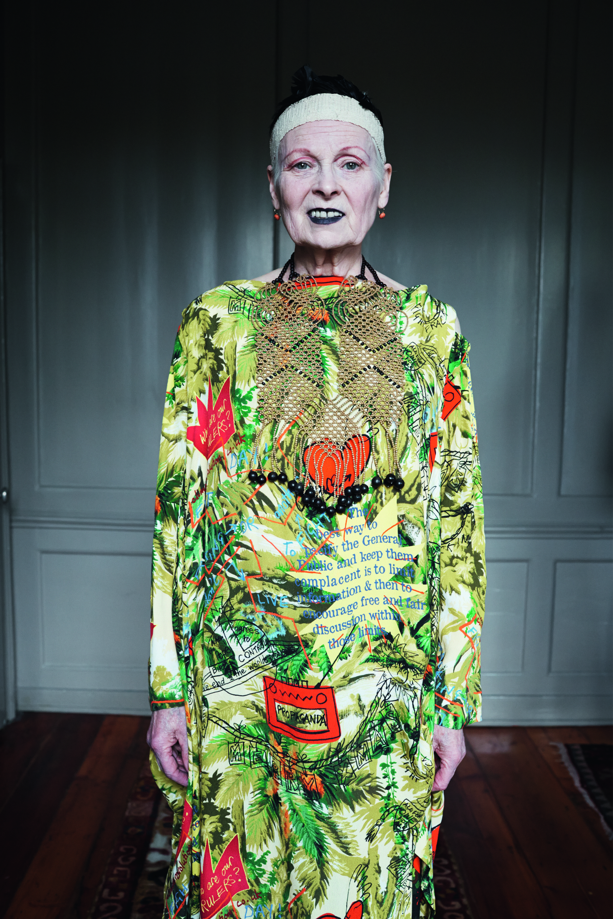 Autumn Winter 2014 15 Campaign Featuring Vivienne Westwood And Photographed By Juergen Teller Vivienne Westwood Fashion Vivienne Westwood Fashion