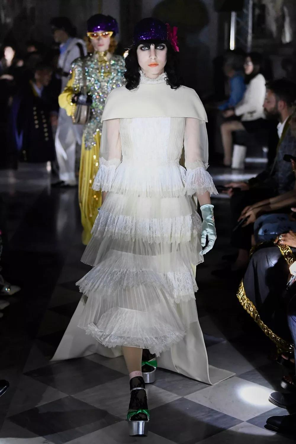 Holiday 2020 Fashion Trends.2020 Gucci Early Spring Holiday Series Fashion Trend