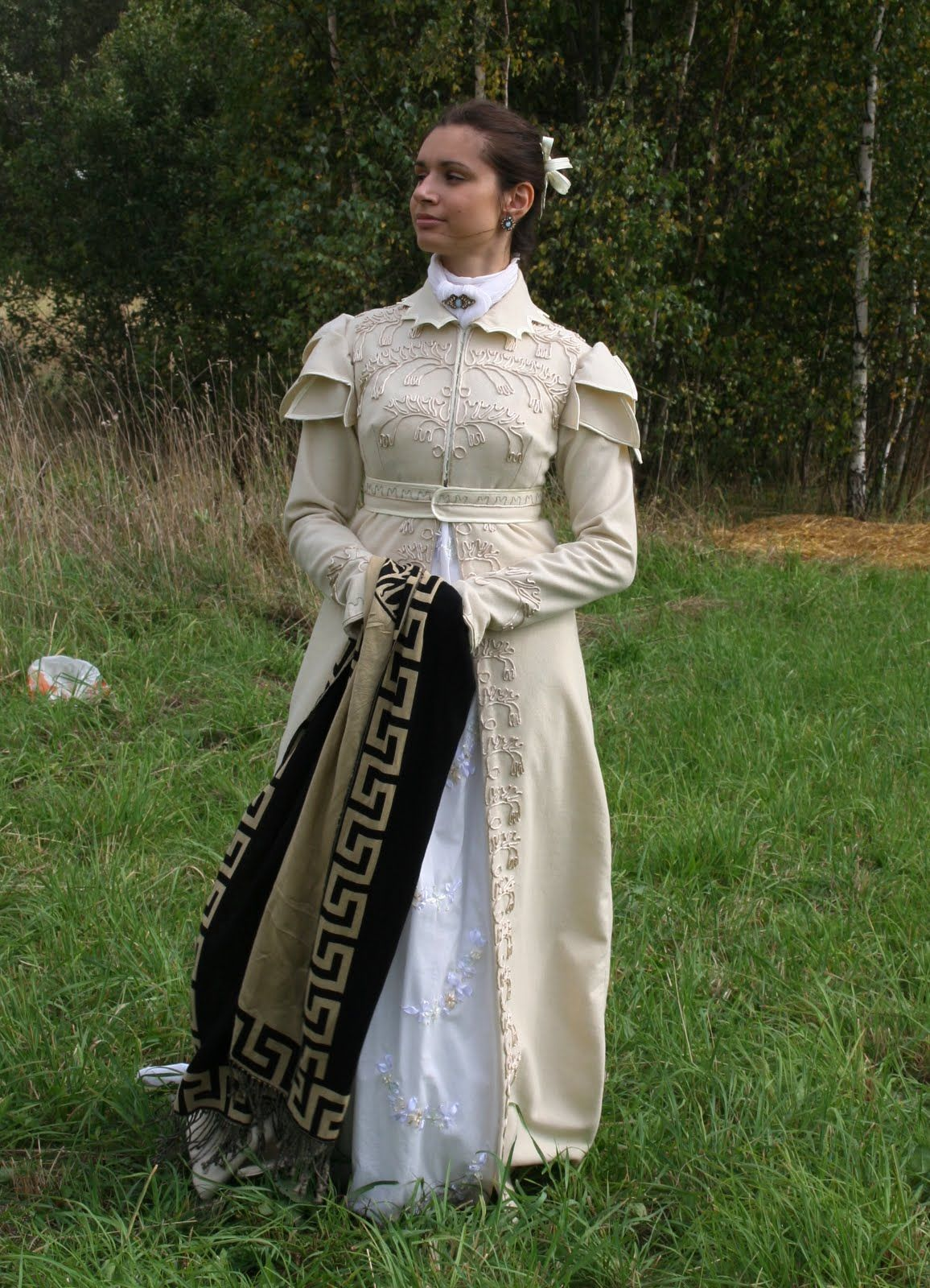 Wool version of an extant pelisse, from Mon Armoire Magique