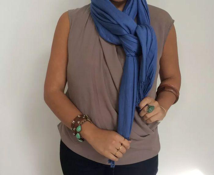 Как красиво завязать шарф на шее: изысканные варианты (с ...