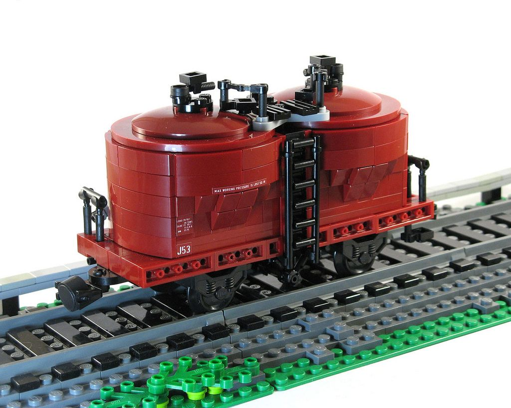 J cement hopper by Mike Pianta #lego #hopper #cement #brickadelics #railways #victorian