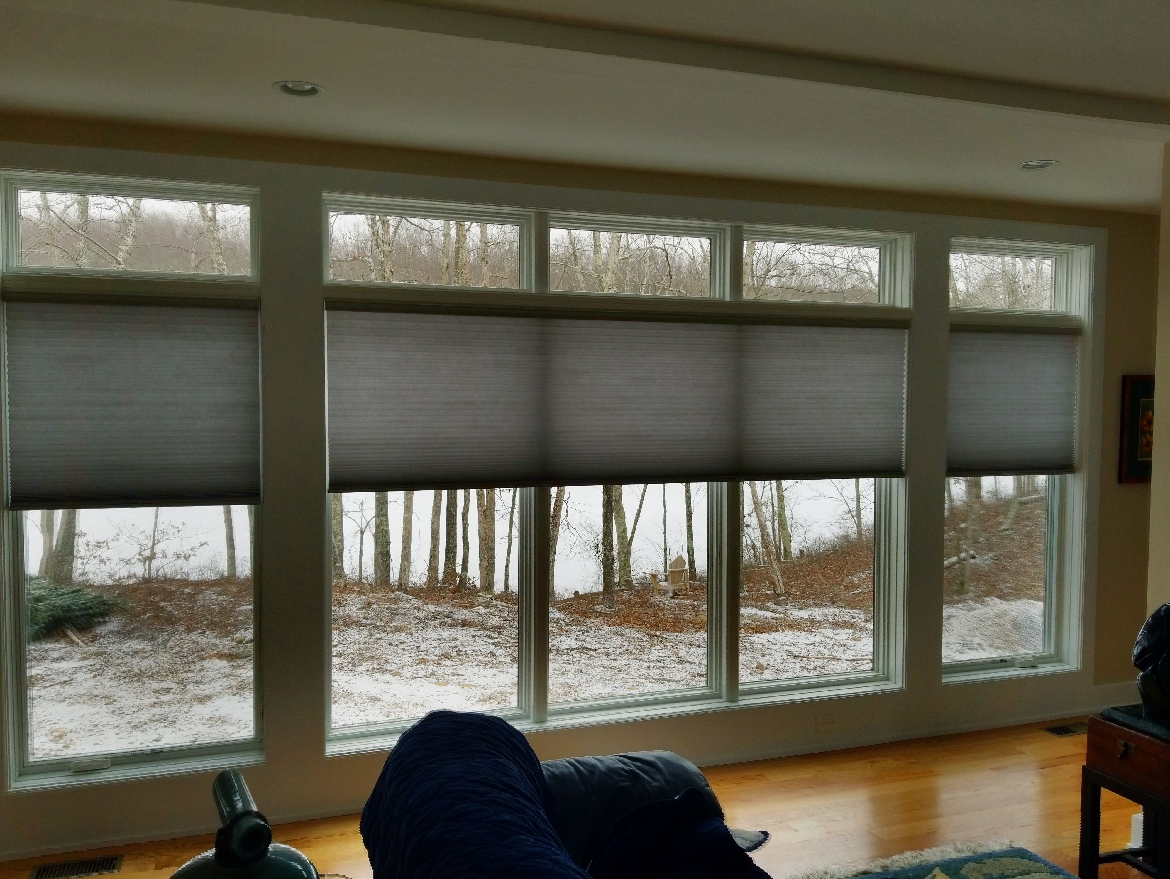 Honeycomb Shades Or Cellular Shades Are An Ideal Solution For Wide And Large Windows With A Variety Of Honeycomb Shades New Homes Cellular Shades Honeycombs