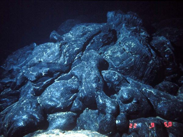this is pillow lava pillow lava is an underwater volcano