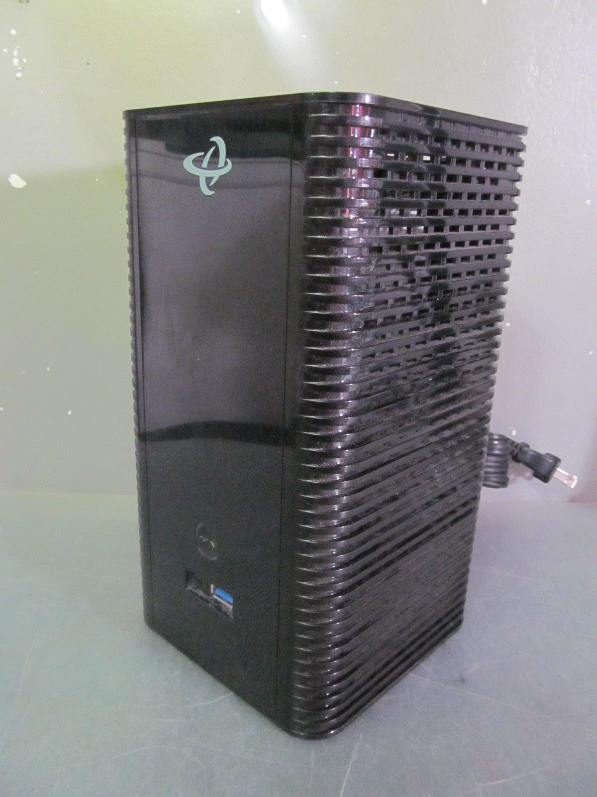 Hitron Technologies CGNVM DOCSIS 3 0 Modem/ Wi-Fi Router (no battery