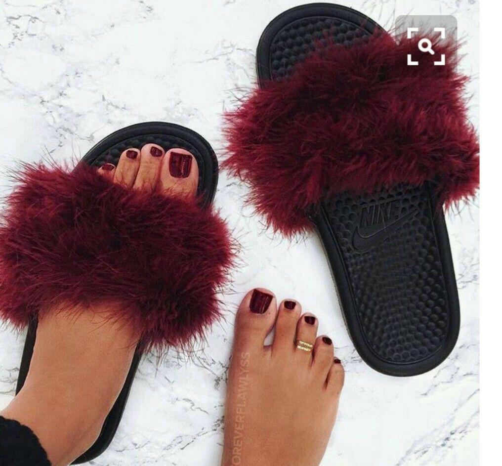 sandalias nike de peluche